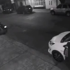 Con las manos en la masa: cachan a ladrón de autopartes en CDMX (VIDEO)
