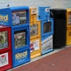 Millonarios 2.0: hombres encuentran 300 dólares en máquina de refrescos vieja