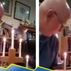 Sacerdote brinda sermón en línea y fuego quema parte de su suéter (VIDEO)