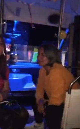 Microbús party: fiesta en transporte público causo furor en TikTok