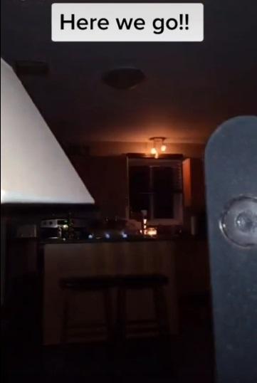 Familia publica en Reddit videos paranormales de su casa