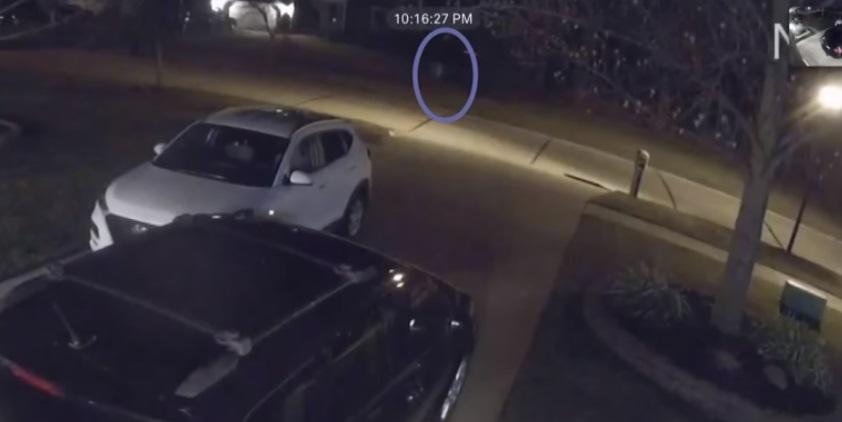 fantasma corre por la calle 1