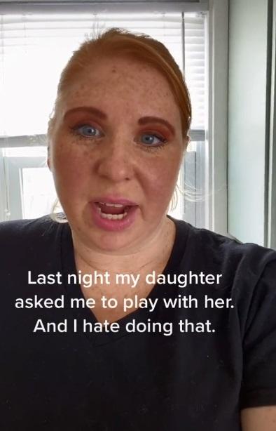 madre habla de hija