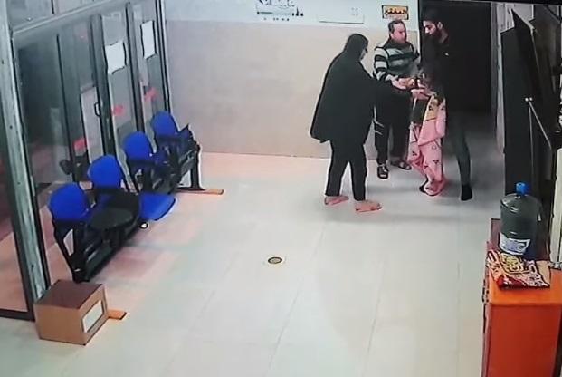 médico salva a bebé de la muerte 3