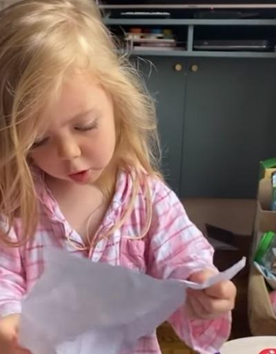 niña enojada con madre 2